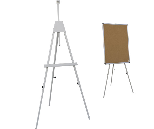 Stojak trójnożny do tablic